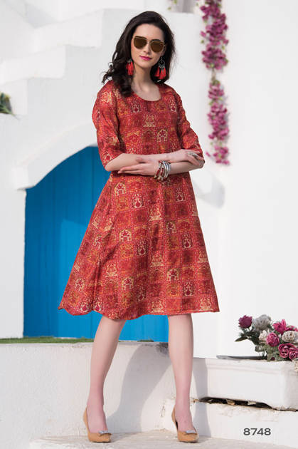 Avashya Candid Kurti Wholesale Catalog 10 Pcs