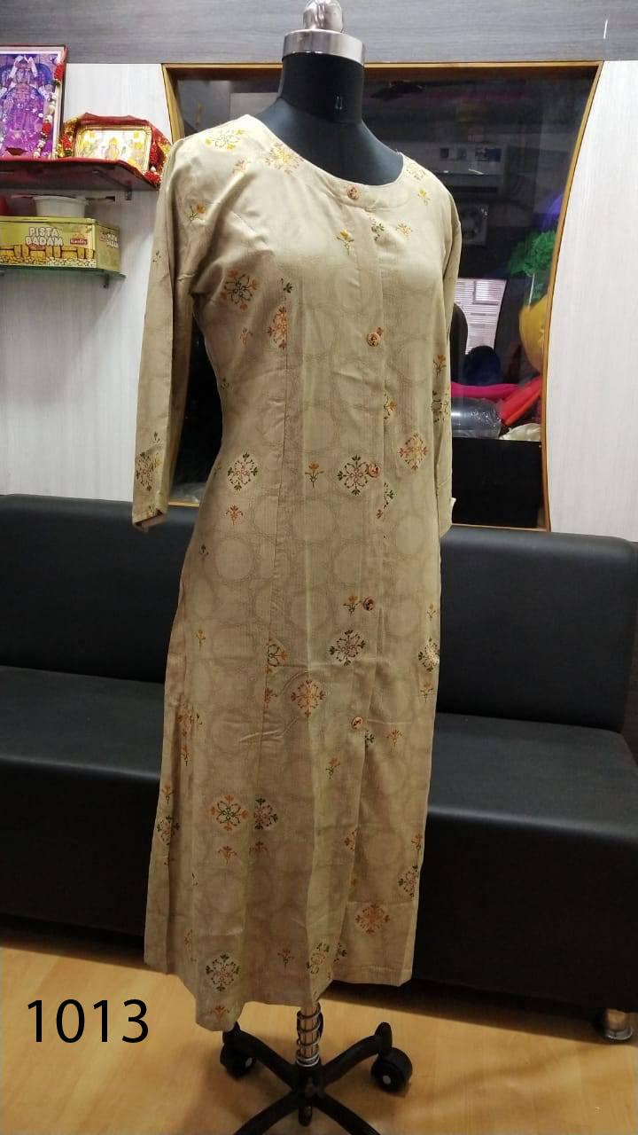 Avashya Rayon A Line D1013 Kurti Size Set Wholesale 3 Pcs 2 - Avashya Rayon A-Line D1013 Kurti Size Set Wholesale 3 Pcs