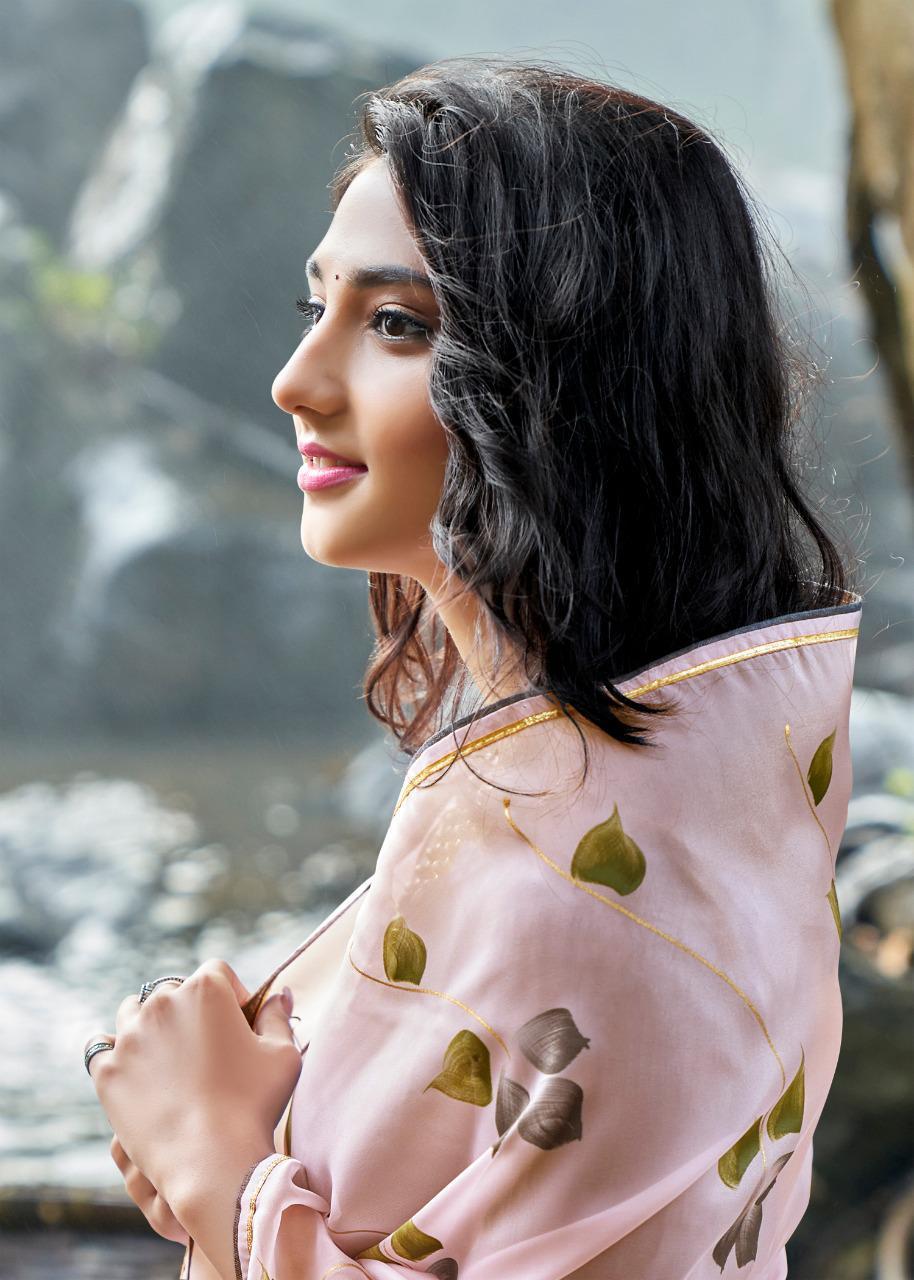 Kashvi Amor by Lt Fabrics Saree Sari Wholesale Catalog 5 Pcs 10 - Kashvi Amor by Lt Fabrics Saree Sari Wholesale Catalog 5 Pcs
